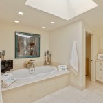 Jetted Tub With Natural Light